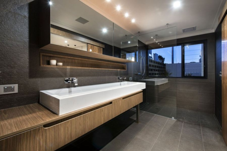 Lavish home bathroom design