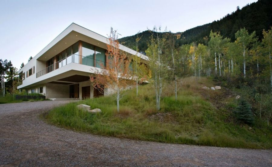 Linear House in Aspen, Colorado