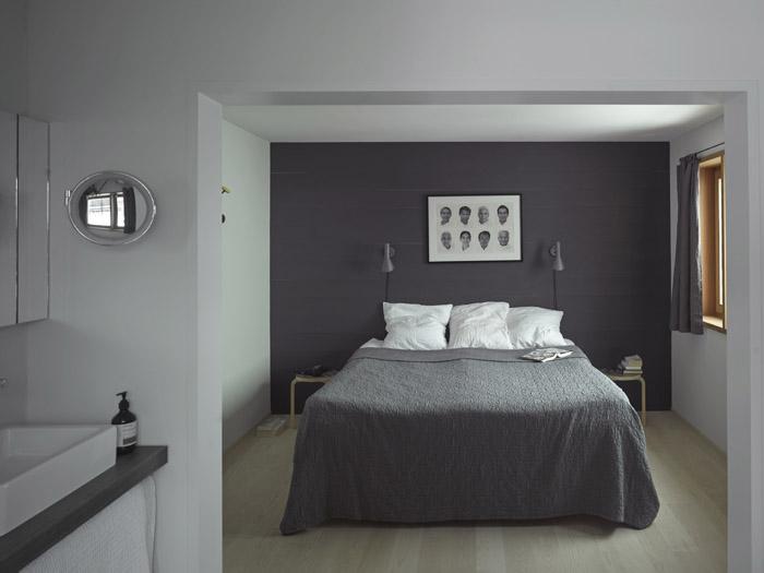 A look at the cozy bedroom ay Brucke 49