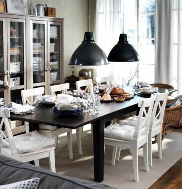 Lovely pendants accentuate the black and white decor theme