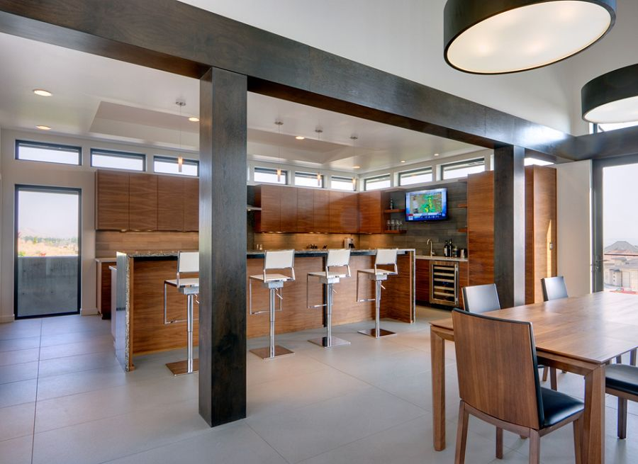 Modern kitchen with seating space