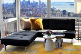 New York bachelor pad offers a woderful view of the city skyline