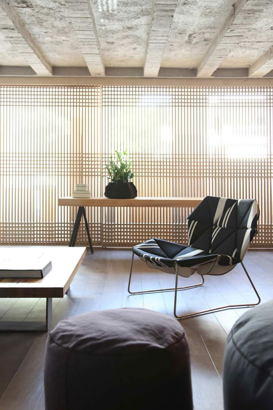 Organic wooden textures for the living space