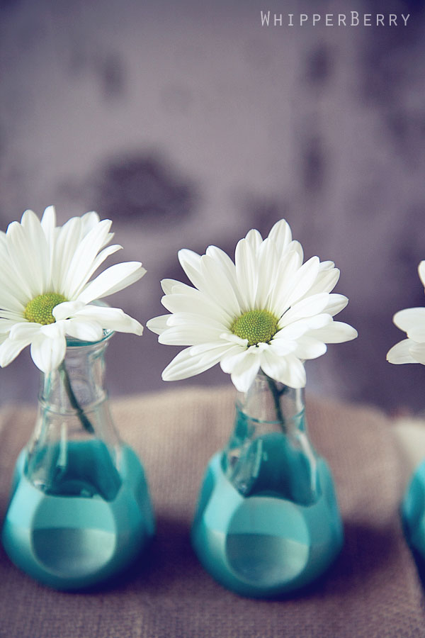 Paint Dipped Bud Vases 12 Subtle Floral DIY Decor: Paint Dipped Bud Vases