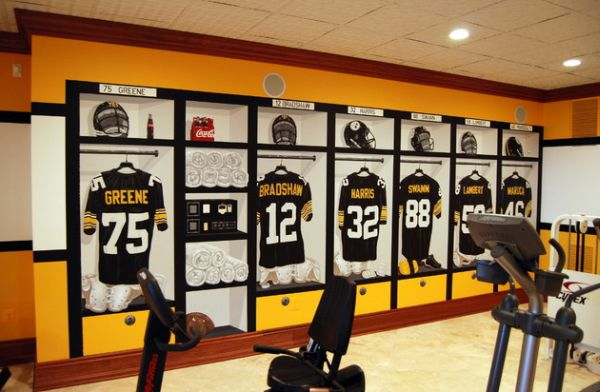 View In Gallery Pittsburgh Steelers 1970u0027s Locker Room Mural Inside The  Home Gym