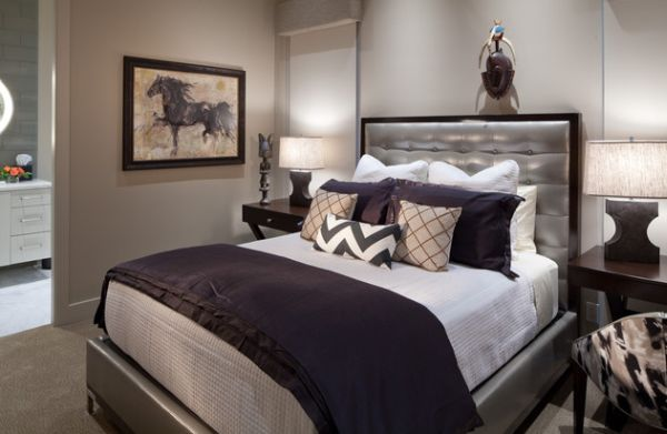 Purple and silver make a glamorous combination in the bedroom