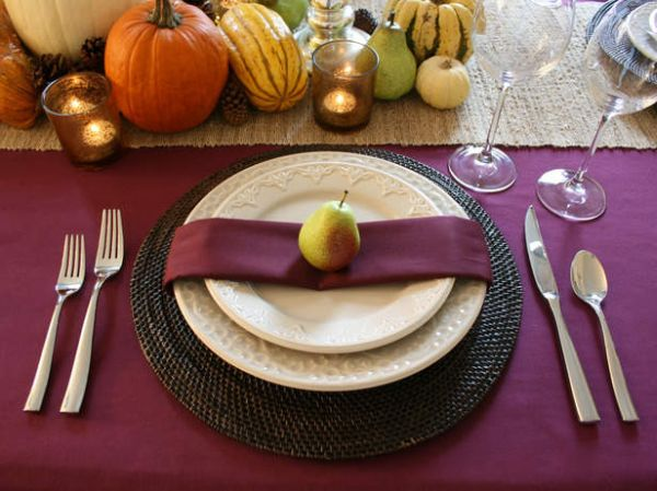 Purple brings sophistication to the Thanksgiving table