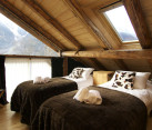 Rustic Bedrooms Decoist (18)