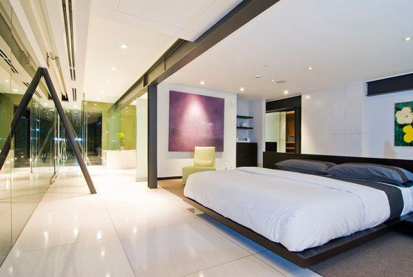 Sensational Hollywood Hills bachelor pad bedroom