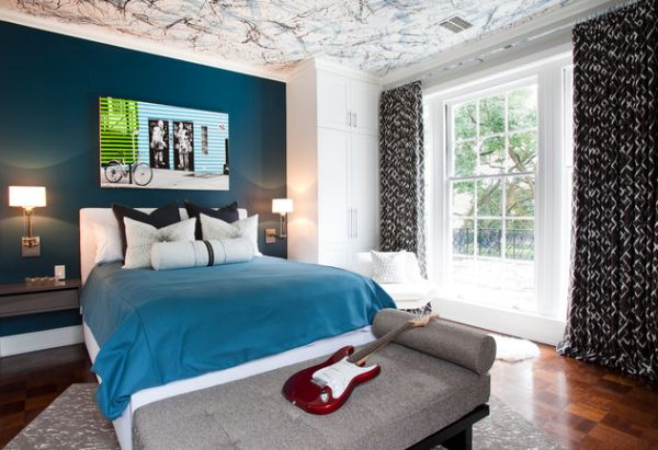 Splatter painted ceiling in three different colors enlivens the boys' bedroom
