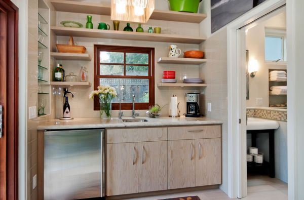 Tiny kitchen design with a clean and stylish look