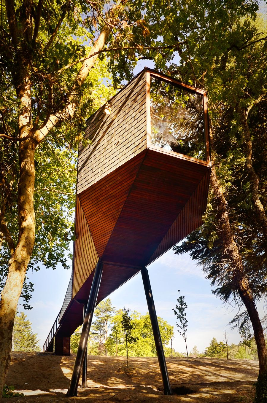 Tress Snake House in Pedras Salgadas Eco Resort, Portugal