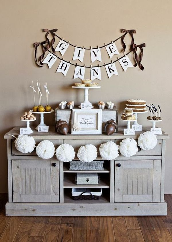 Black and white thanksgiving decor ideas for Thanksgiving home decorations