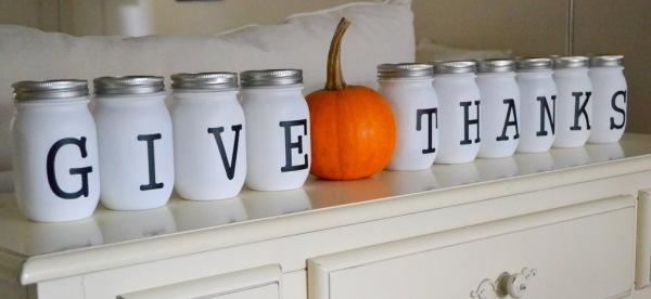 Turn those old jars into festive decoration