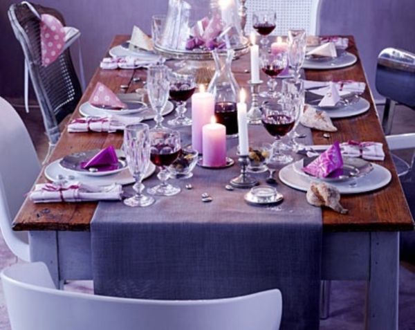 16 thanksgiving decor ideas in purple for Small dinner table ideas