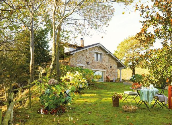 Fairytale Home In A Highly Picturesque Setting