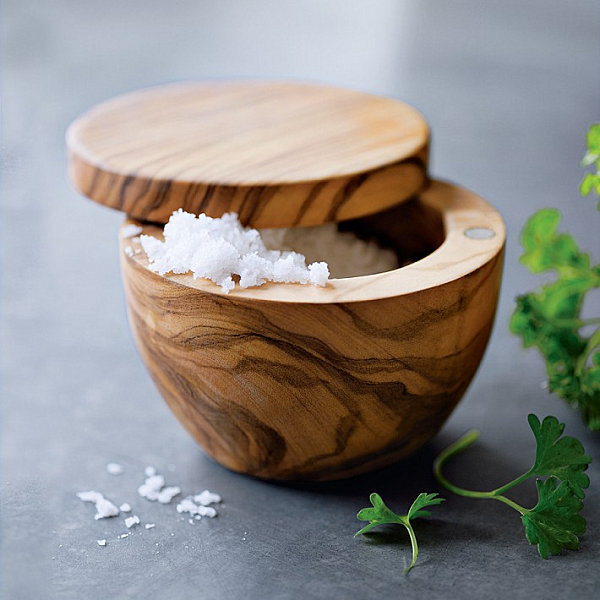 Wooden salt keeper