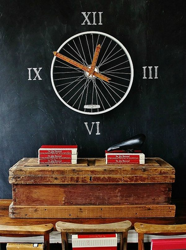 clock repurposed bike wheel