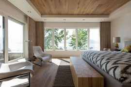 Luxurious Vacation Home In Canada Promises Lovely Lake Views