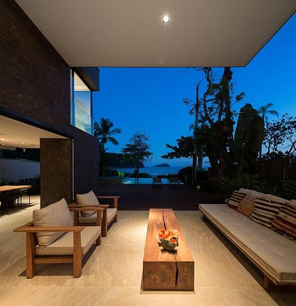 outdoor relaxing area