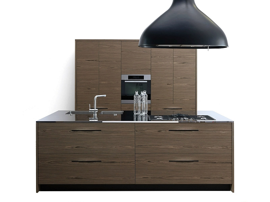 A look at Pamap kitchen in dark wooden tones