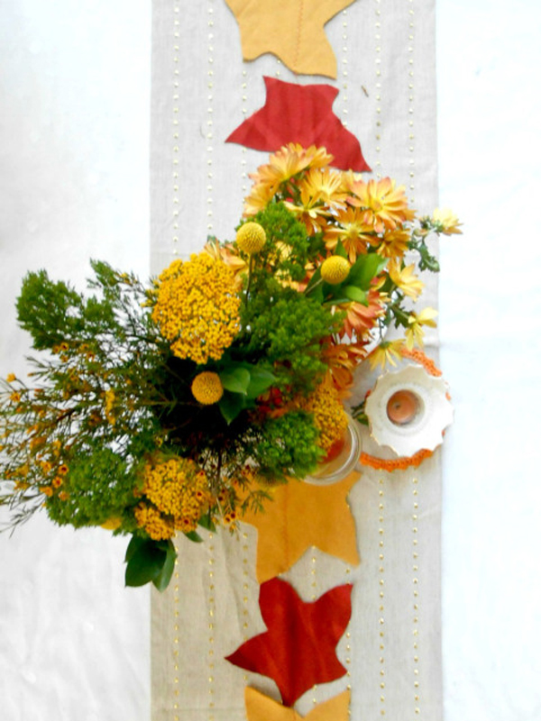 Autumn table runner with leaves