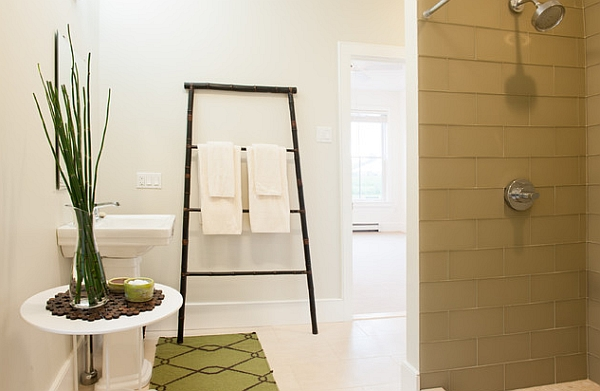 Bamboo towel ladder in the modern bathroom