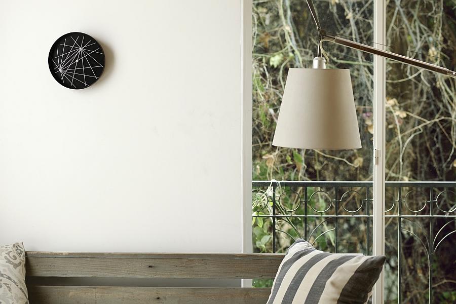 Black minimalist wall cock designs
