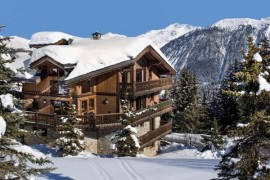 Majestic Alpine Views and Lavish Luxury Await At Stunning Chalet Tsuga