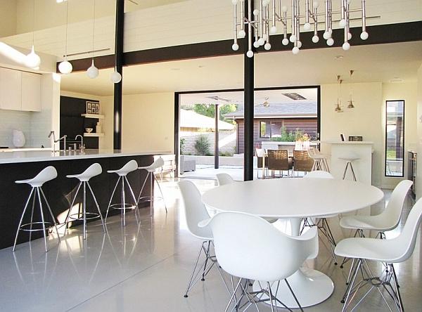 Chic mid-century modern style kitchen