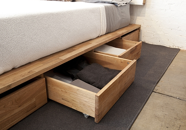 Concealed Drawers of the platform bed