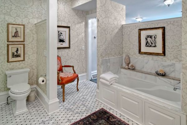 Creative tile pattern for the bathroom floor and the walls