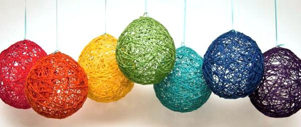 DIY Yarn lanterns
