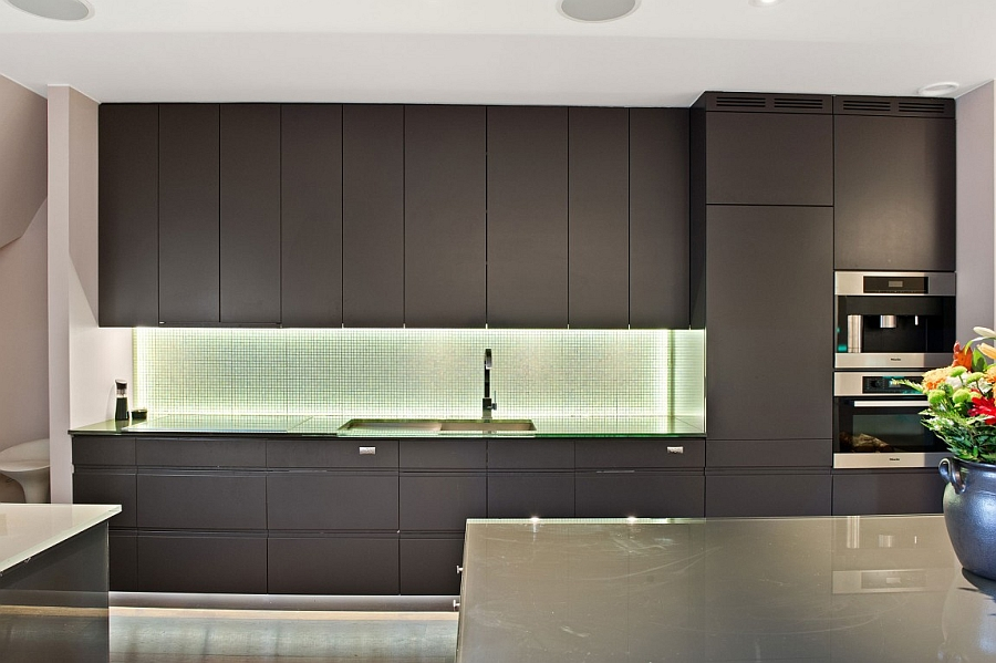 Ergonomic modern kitchen with ample storage space
