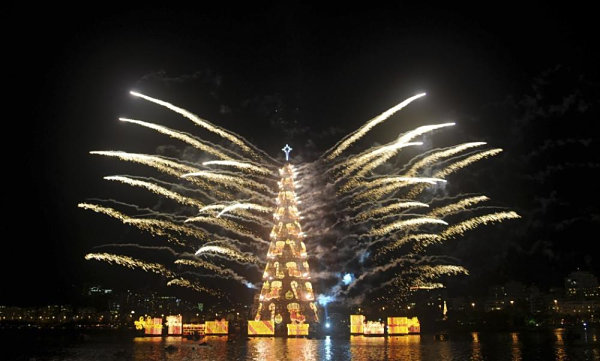 Floating Christmas tree in Brazil