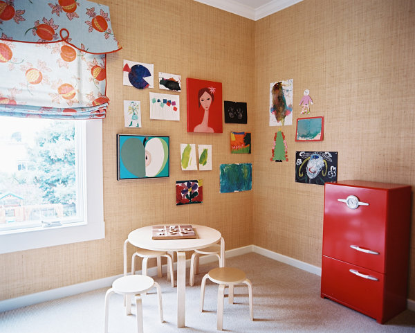 Fruit motifs in an eclectic kids' room