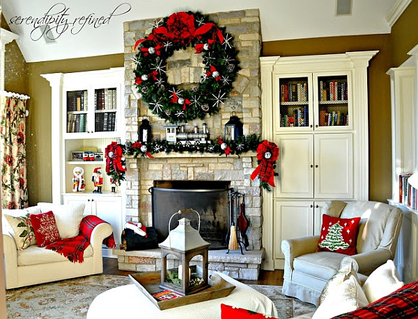 Imposing wreath above the mantel steals the show
