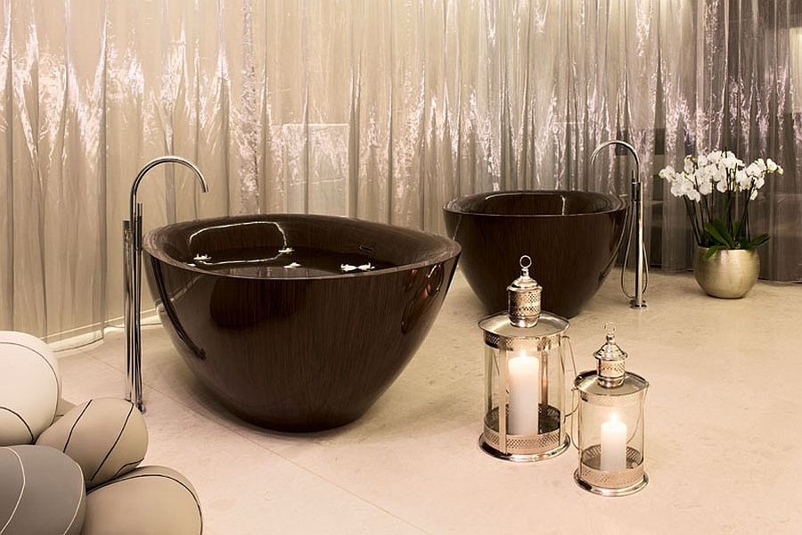 Glossy finish of the Pearl Luxurious And Dramatic Wooden Bathtubs Make A Bold Visual Statement