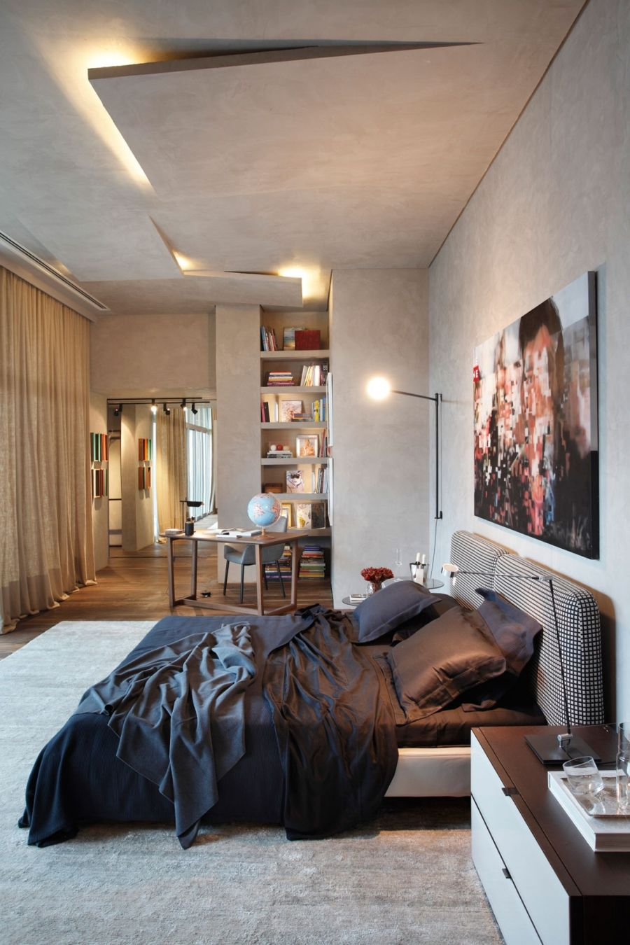 Art Filled Bachelor Pad With Cool Design