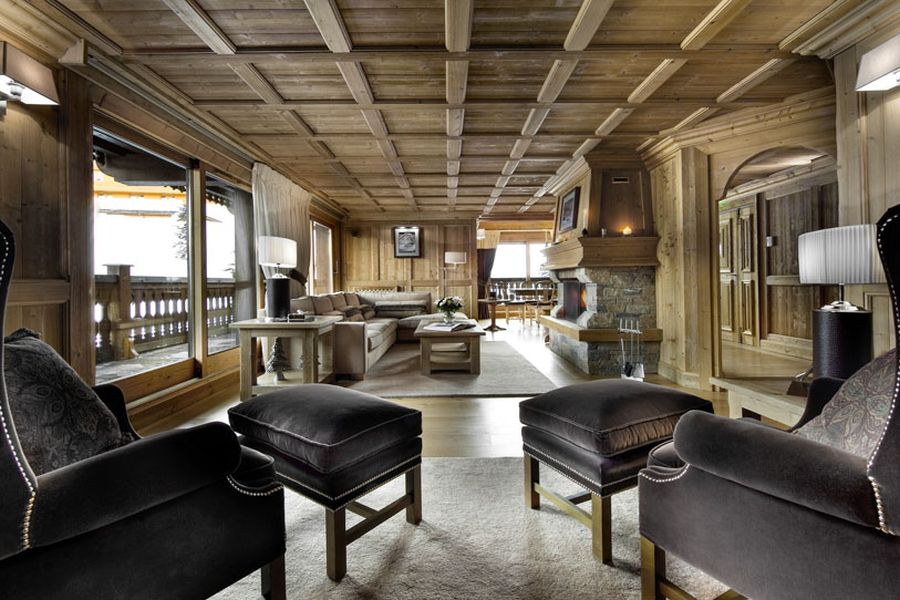 Interior of Chalet Tsuga in stone and wood