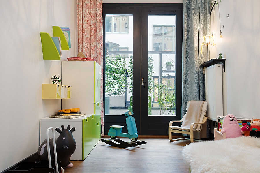 Kids' bedroom with colorful decor