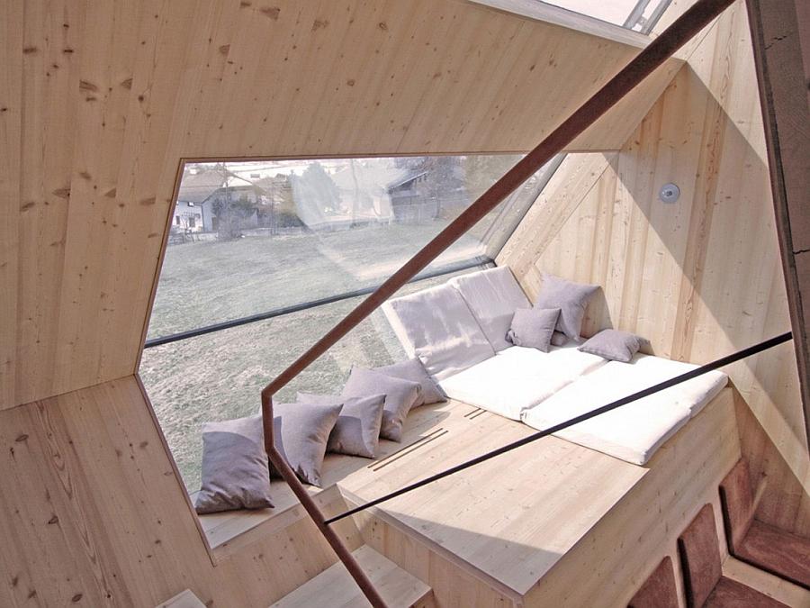 Loft bed design idea inside a small cabin