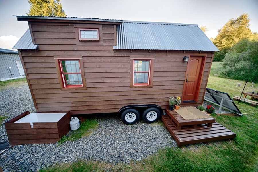 Lovely tiny tack home design Mobile Tiny Tack House Is Entirely Built By Hand! And Looks Gorgeous…