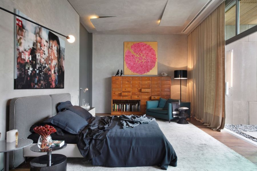 Modern bedroom design by Gisele Taranto Architecture Art Filled Bachelor Pad With Cool Design