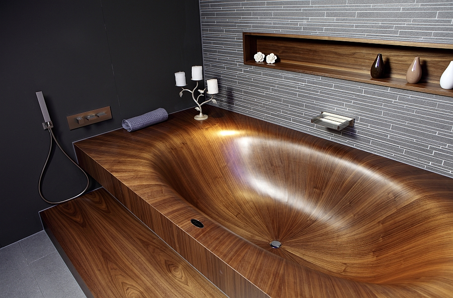 Natural wood bathtub idea