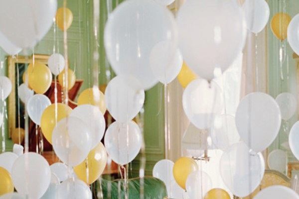 New Years Eve party balloons Last Minute New Years Eve Party Ideas