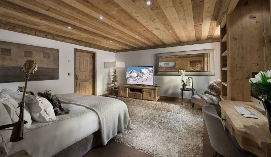 Chalet pearl ski lodge promises a breathtaking holiday in the french alps - Chalet moderne ...