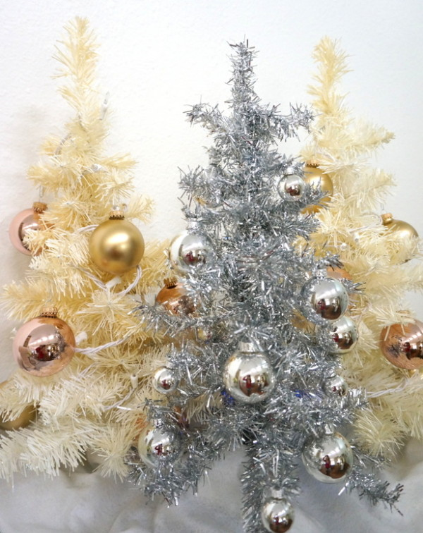 Retro-style trees in silver and gold