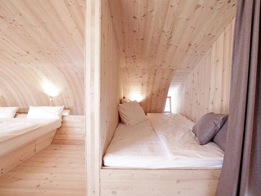 Rustic cabin style bedroom design