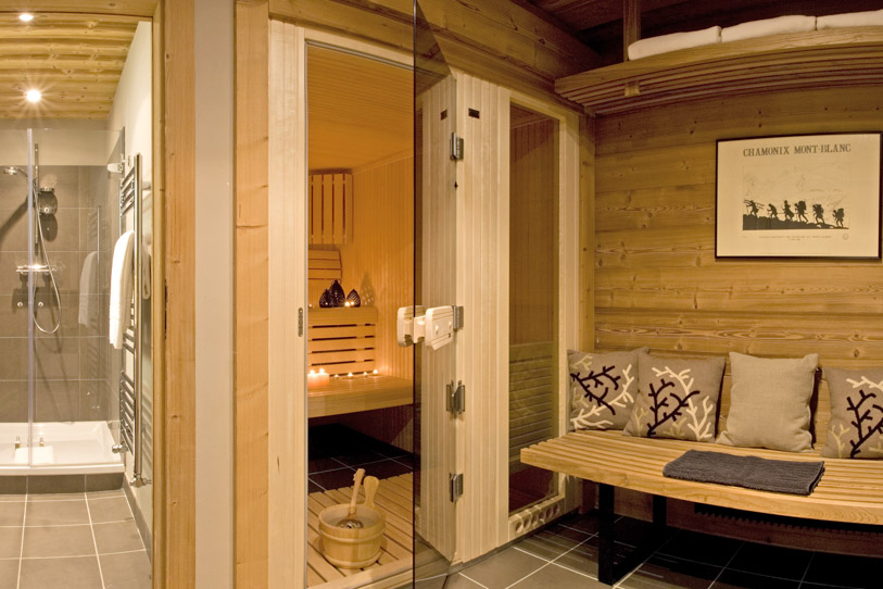 Dream vacation french alps chalet emma for a luxurious for Sauna decoration ideas